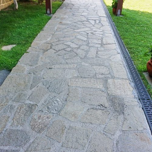 A Picture of a Flagstone Walkway.
