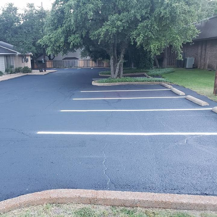 Sealed and Lined Pavement